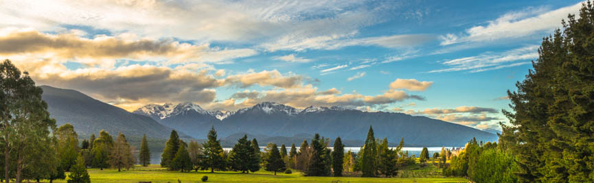 Te Anau Golf Course - golf club with panoramic view