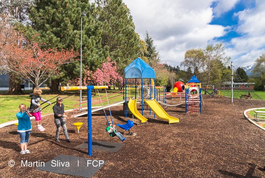 Te Anau Playground - family activities